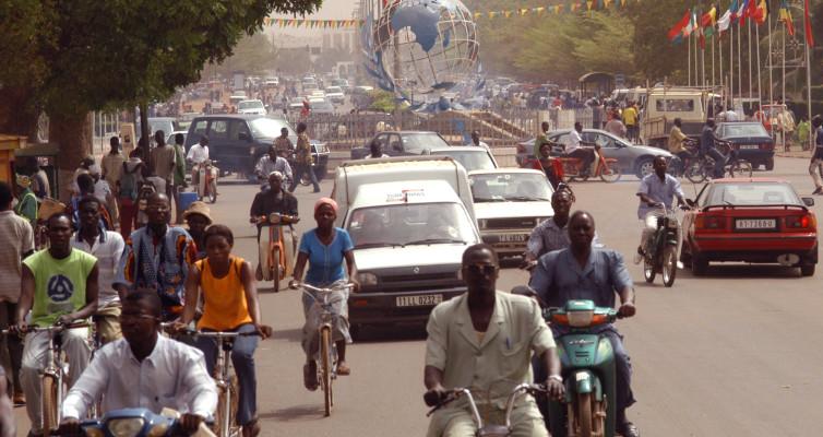 Ouagadougou, Burkina Faso: Le Parachutage par Norbert Zongo